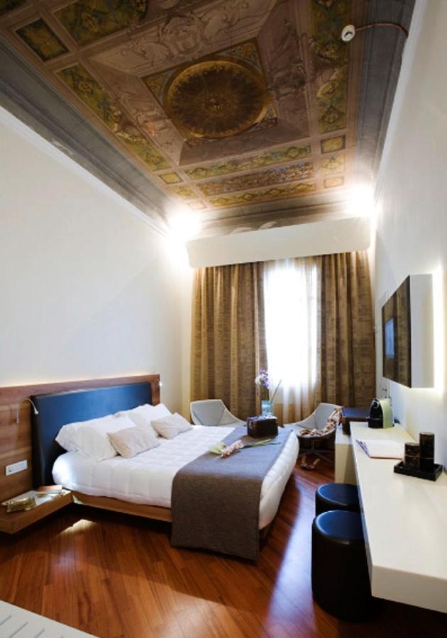 Hotel Embassy, Florence, Italy - Booking.com