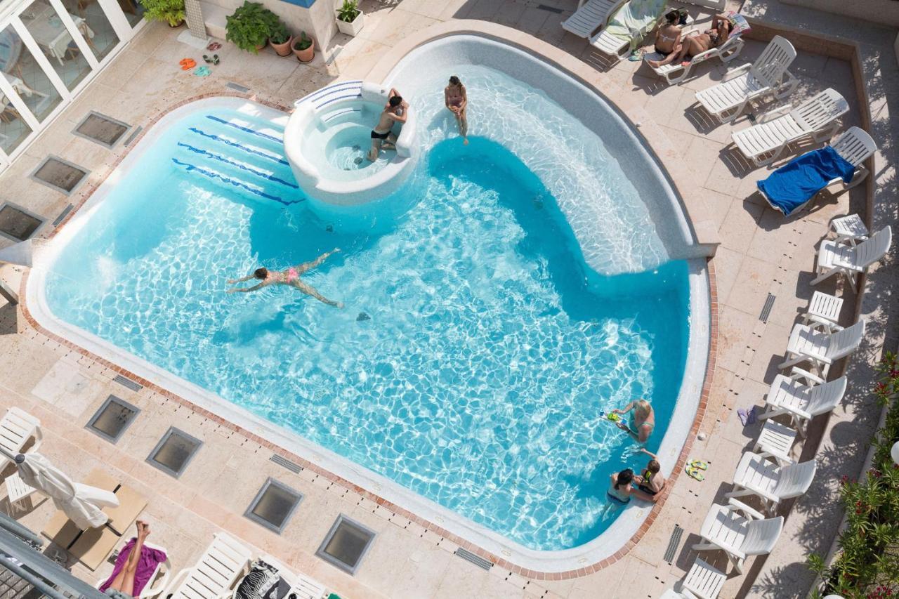 Materassi Astro Italia Opinioni.Hotel Astro Lignano Sabbiadoro Prezzi Aggiornati Per Il 2020