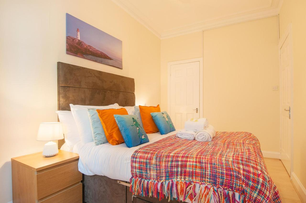 Dormir Par Terre Sur Un Matelas classic easter road apartment, edinburgh, uk - booking