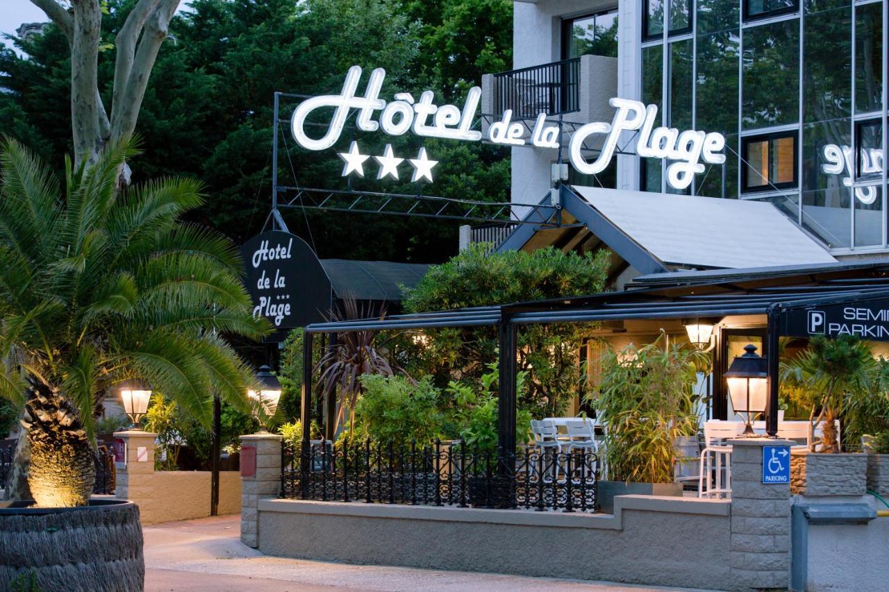 Отель  Hotel De La Plage