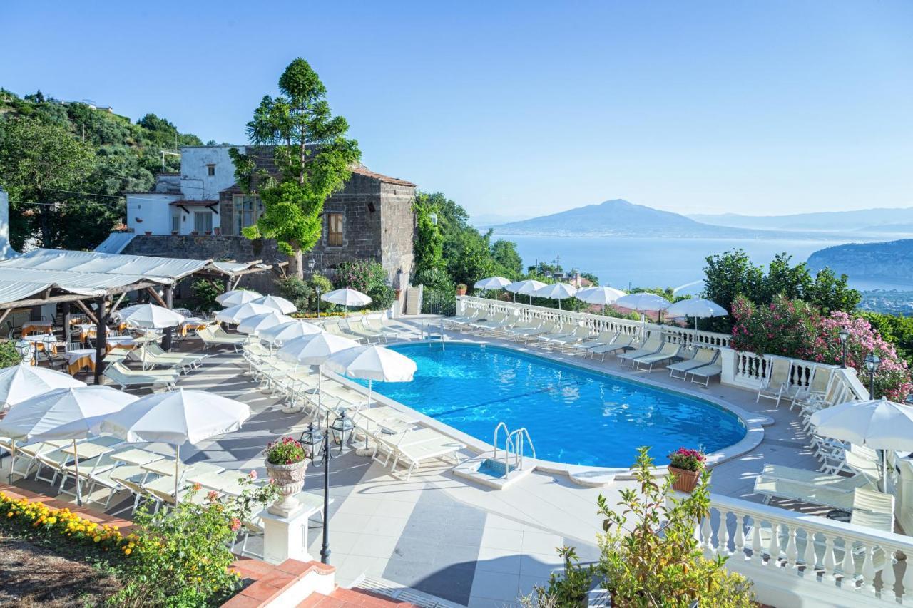 Hotel Jaccarino Sant'agata Sui Due Golfi Italy Booking Com