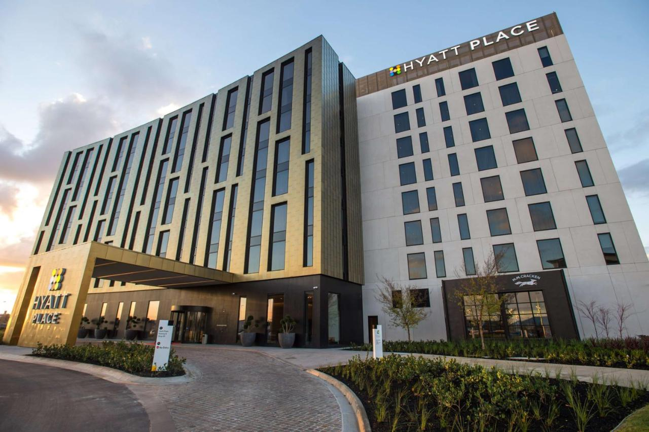 Отель  Hyatt Place Melbourne, Essendon Fields