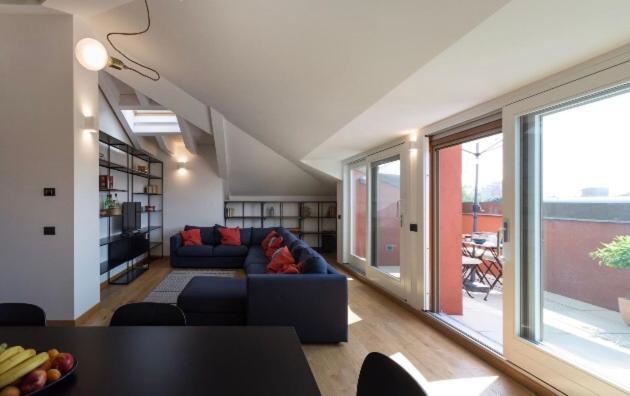 Apartment Attico In Un Oasi Di Verde Sui Navigli Milan