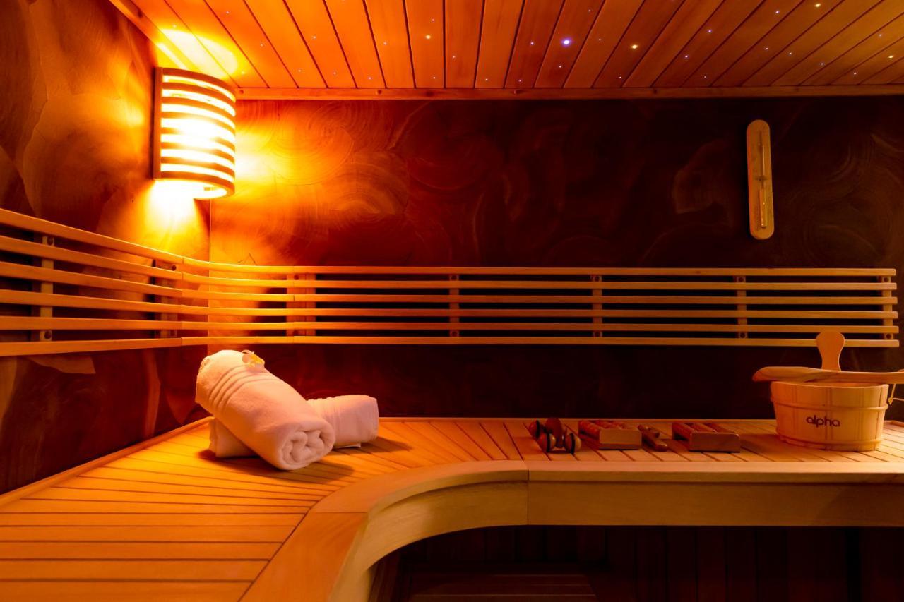 Almoria Hotel Spa Deauville France Booking Com