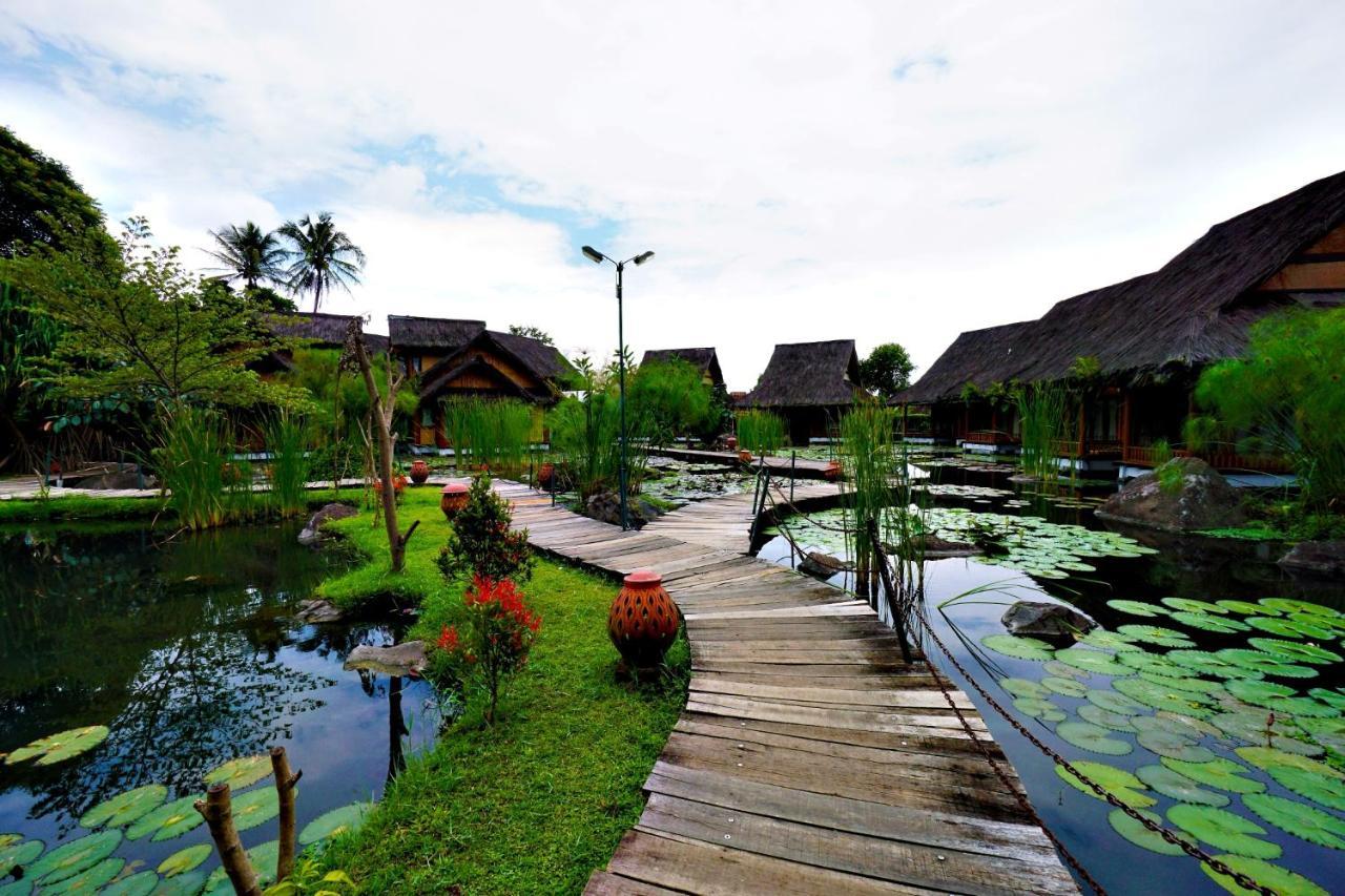 Kampung Sumber Alam Garut Indonesia Booking Com