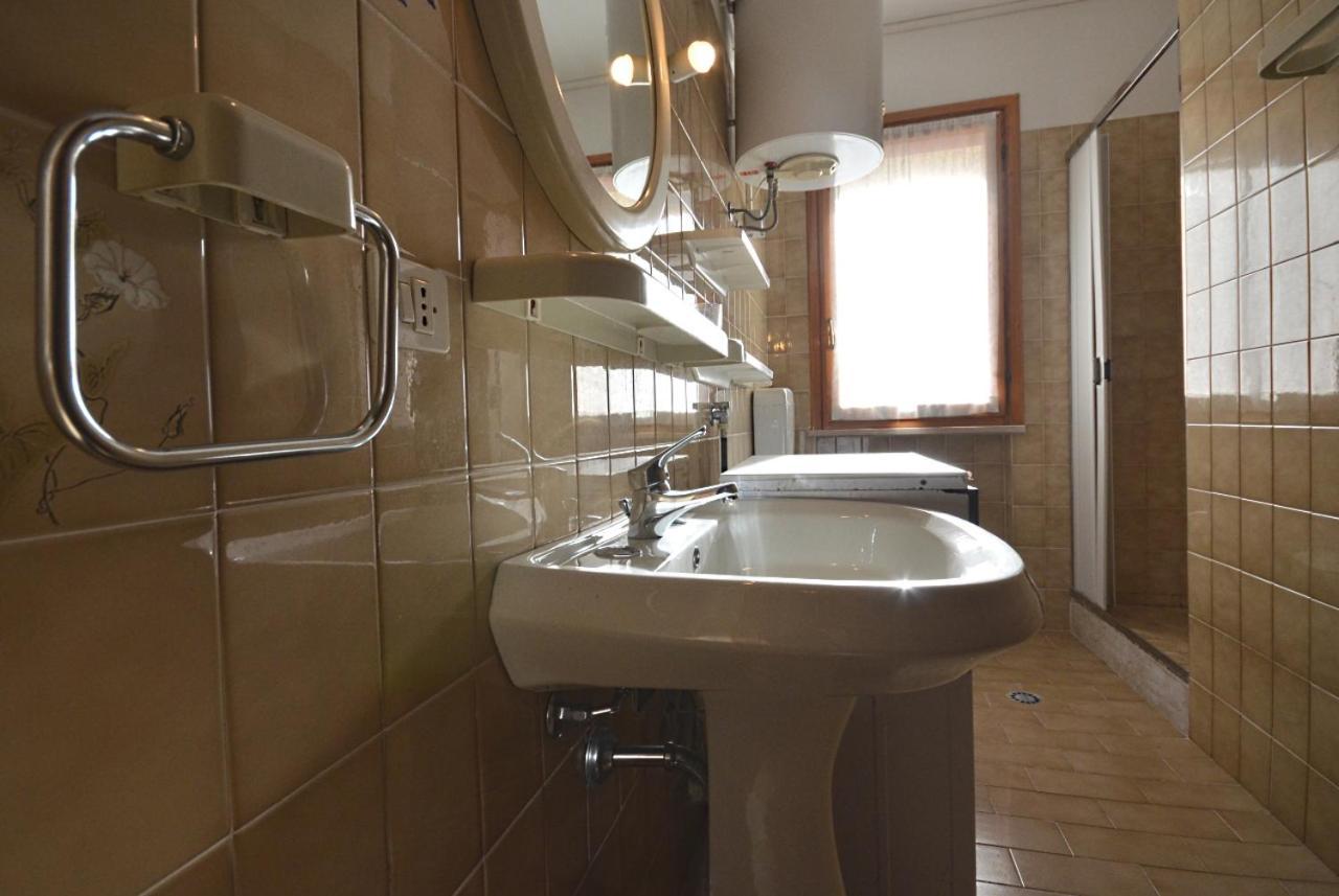 aurora apartment lignano