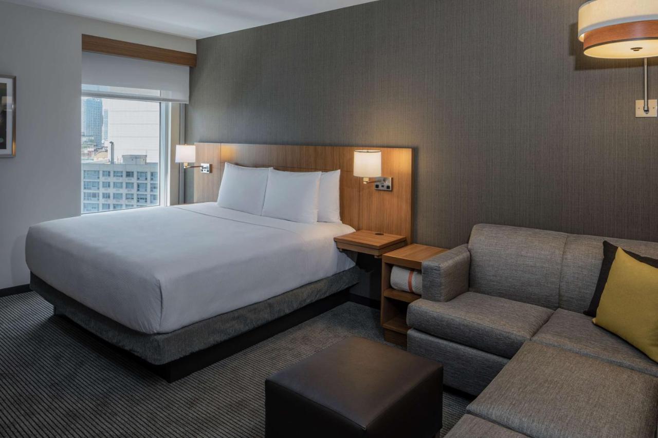 Letto o letti in una camera di Hyatt Place Long Island City
