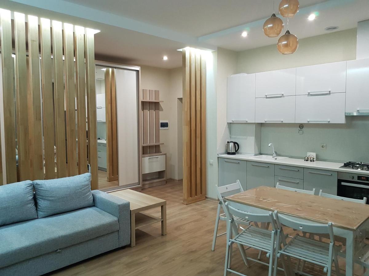 Апартаменты  Apart On Internationalnaya 10