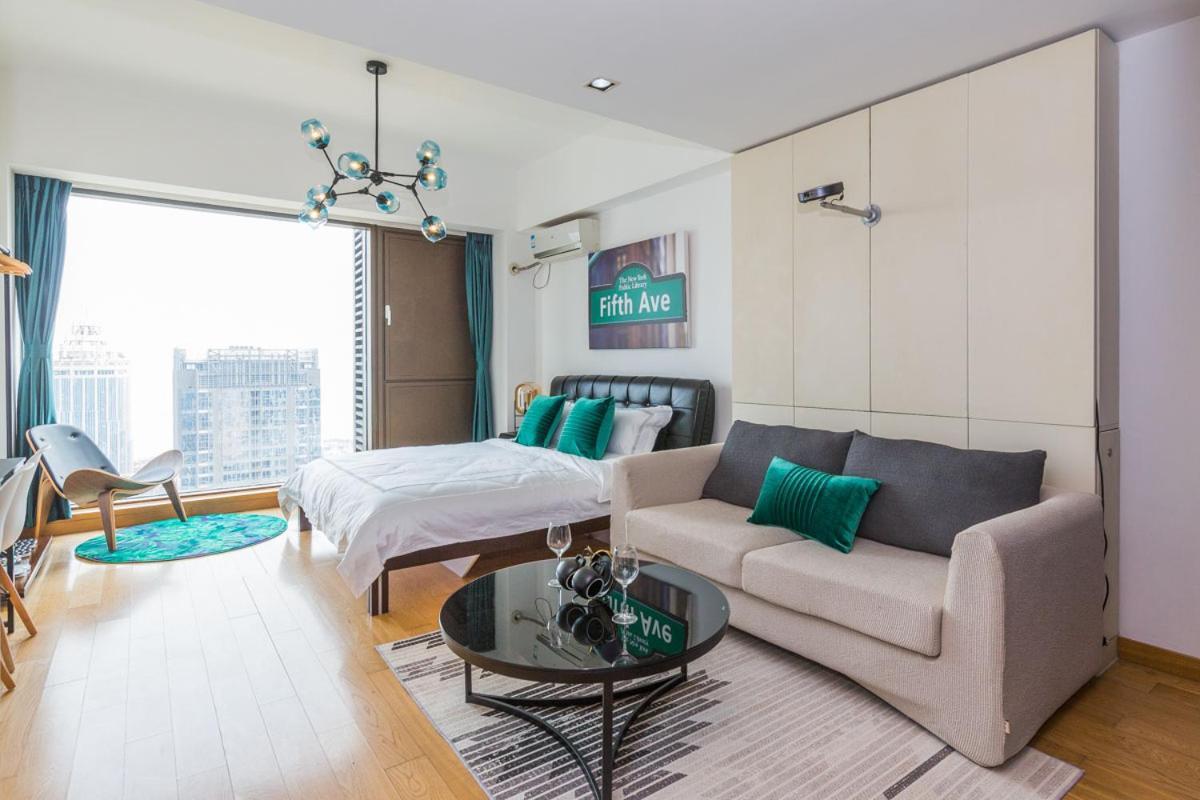 Апартаменты/квартира  Qingdao Laoshan·Stone Old Man Bathing Beach· Locals Apartment 00155680