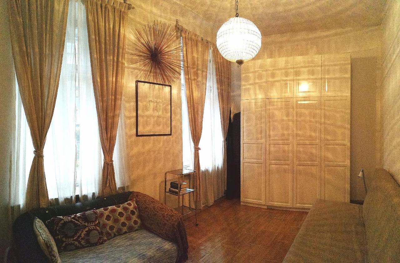 Апартаменты  Apartment On Serafimovicha 2