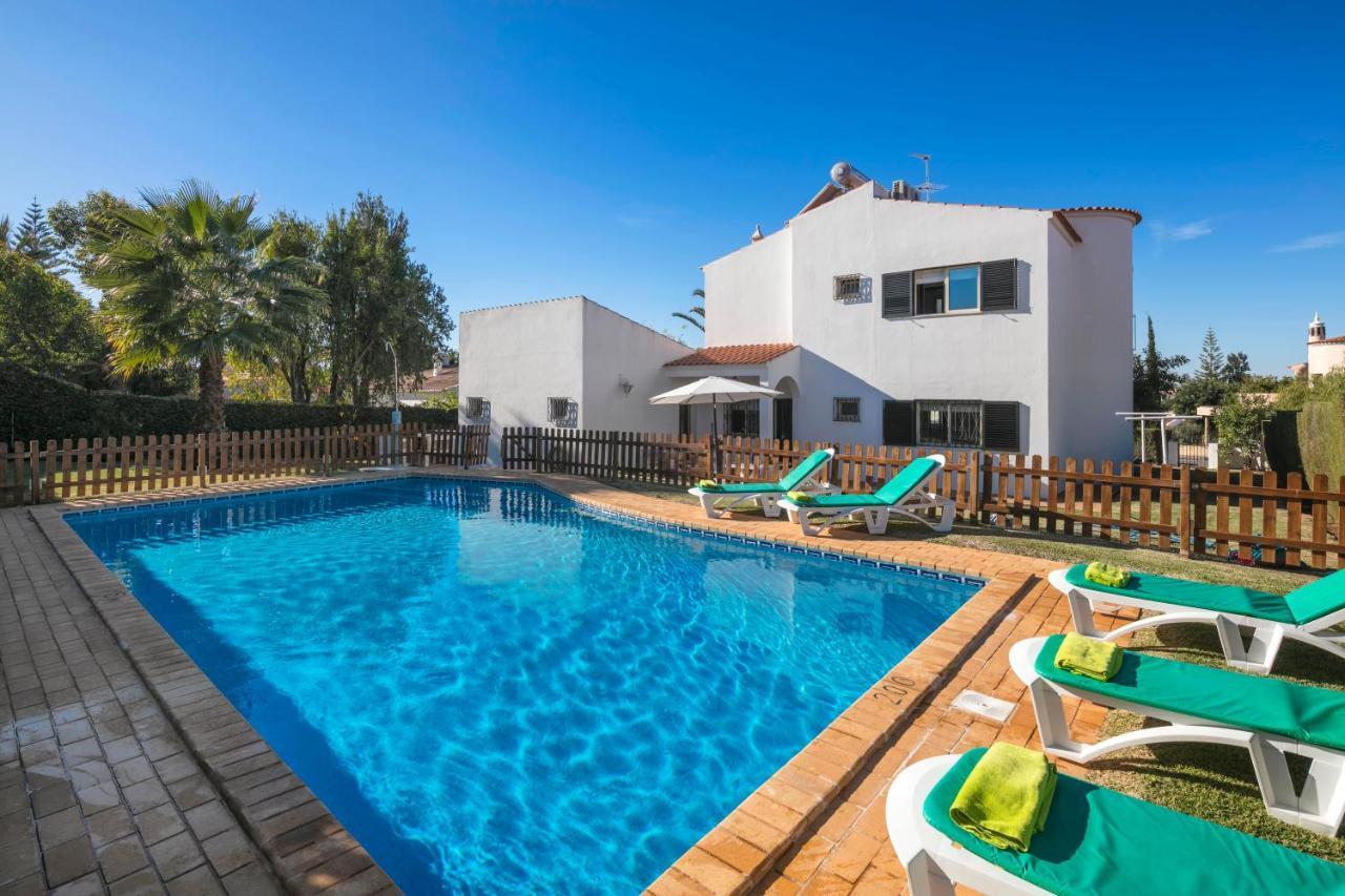 Casa Mestre, Vilamoura – 3 bedroom villa with private gated ...