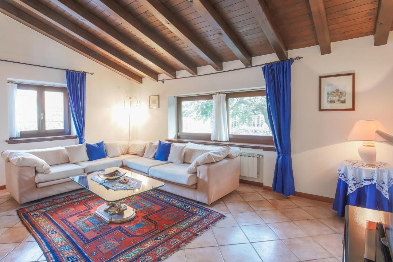 Migliori Libri Interior Design triestevillas bucolic villa in trieste's karst, 6 guests