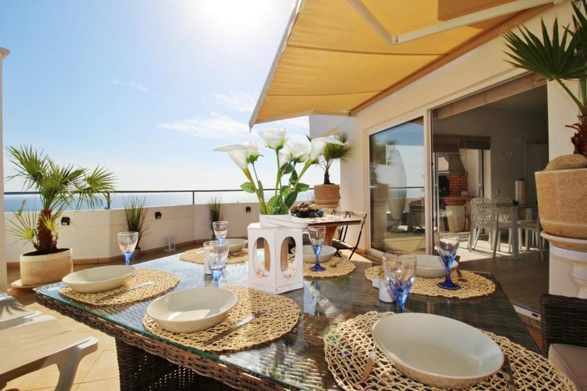 Апартаменты  Amazing Penthouse Sea View