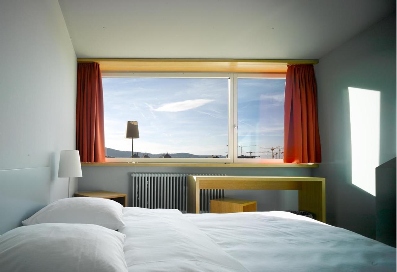 Отель  Hotel Marta