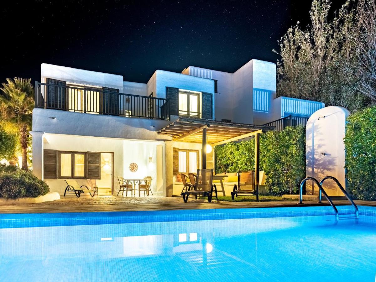 Villas SArgamassa (Spanje Santa Eularia des Riu) - Booking.com