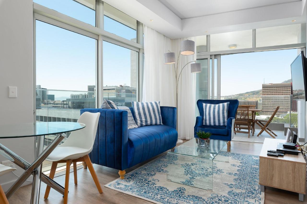 Апартаменты  The Sentinel Luxury Apartments