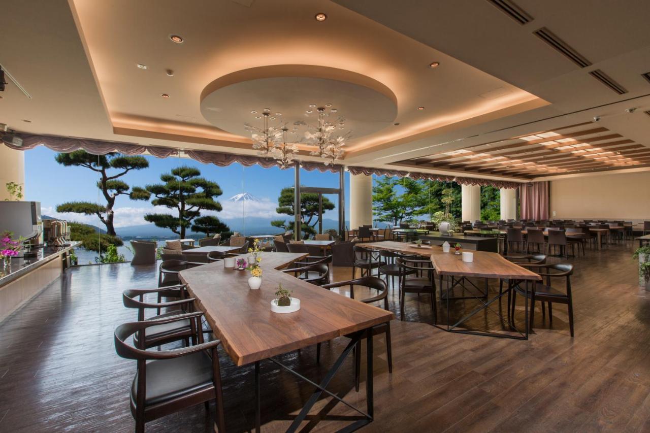 記念日におすすめのレストラン・秀峰閣 湖月の写真7