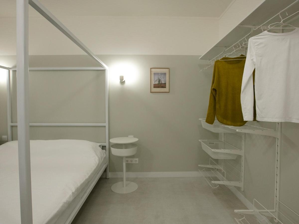 Отель  Hotel 0482