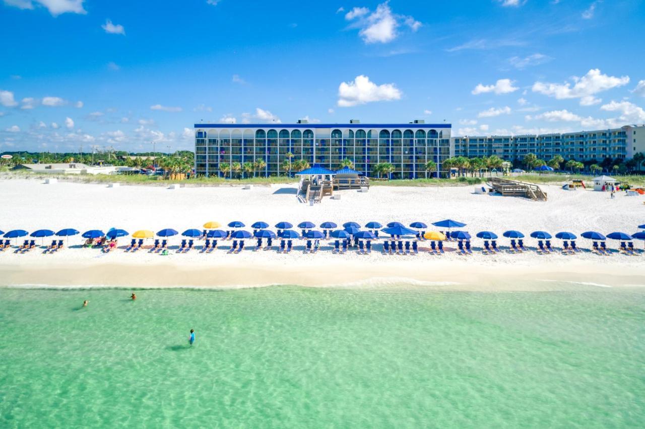 Курортный отель  The Island By Hotel RL