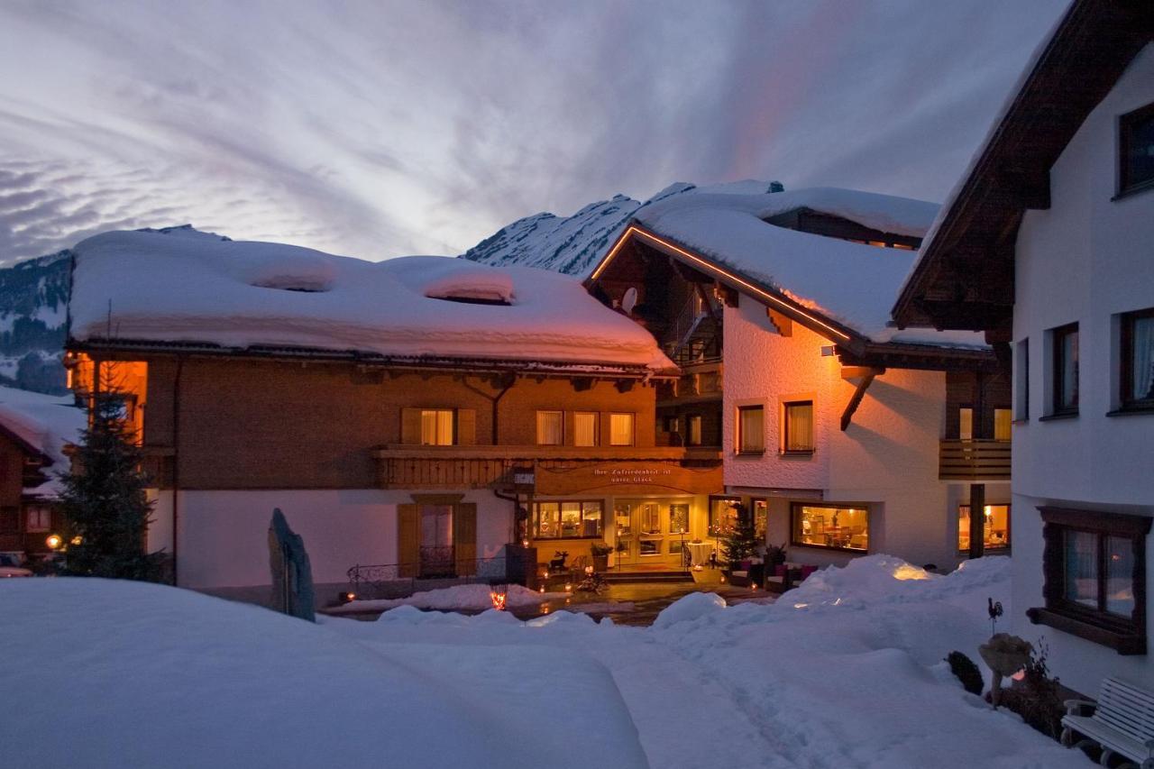 Отель  Hotel Alpenrose