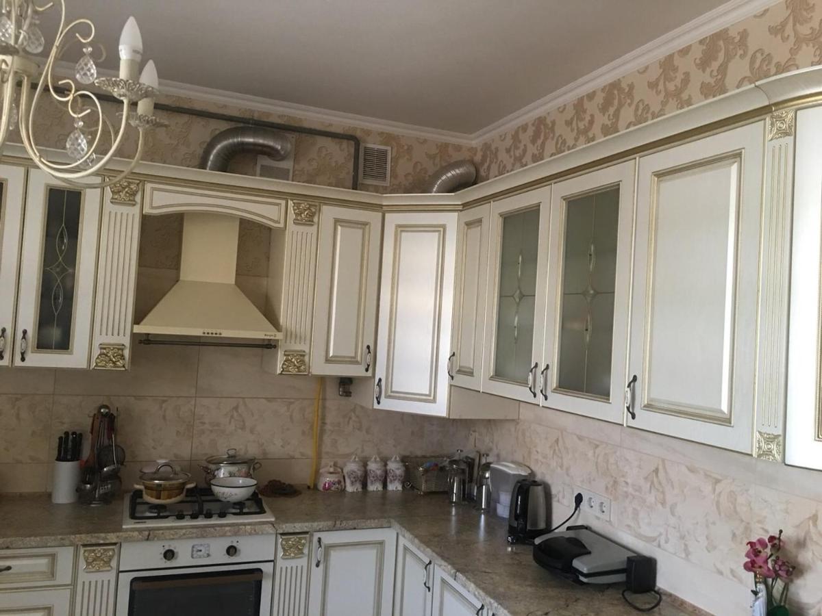 Дом для отпуска  Котедж в Рудно, на 8 людей, вул. Коновальця