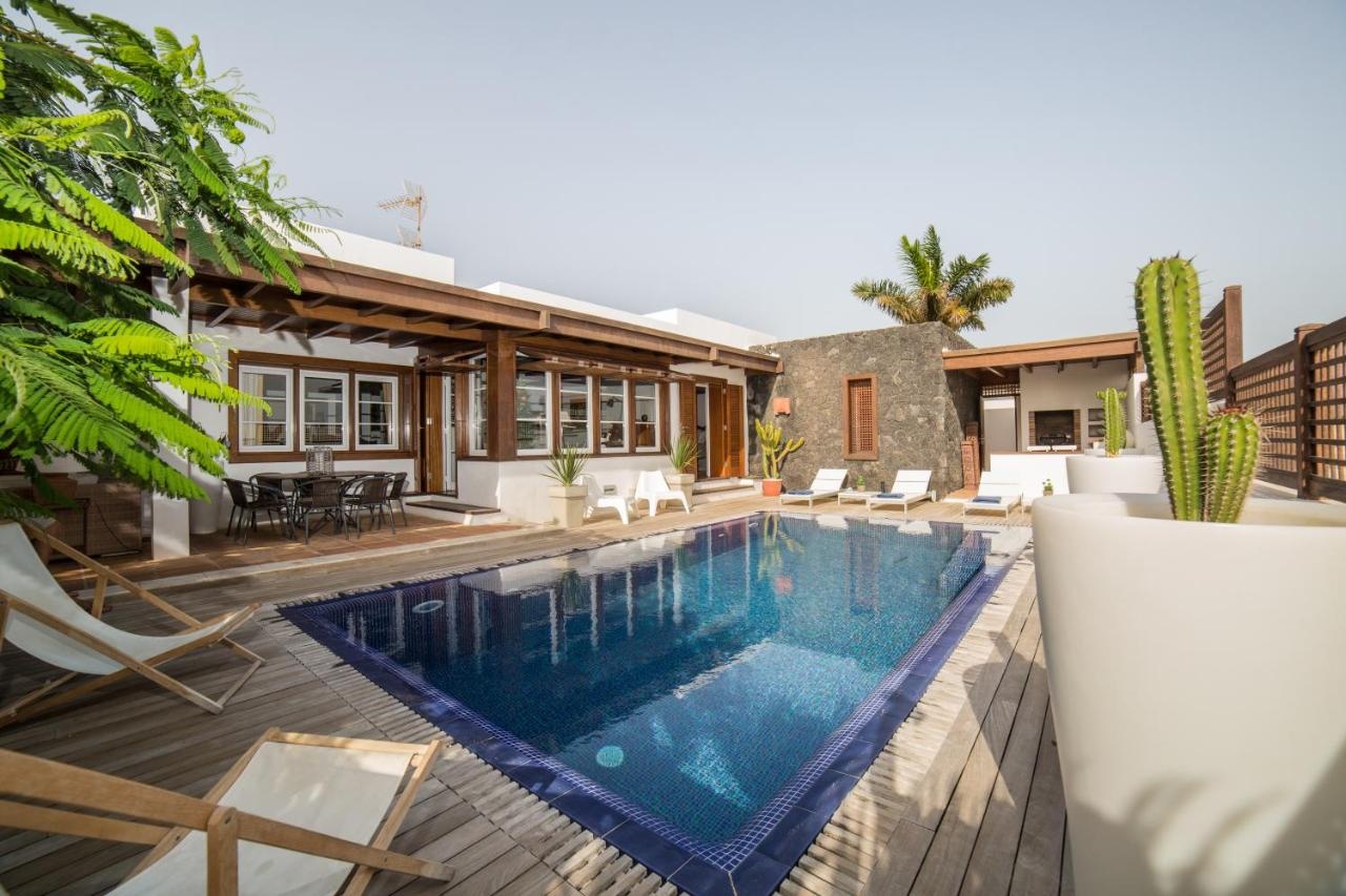 Luxury Villa Lanzarote, Arrecife, Spain - Booking.com