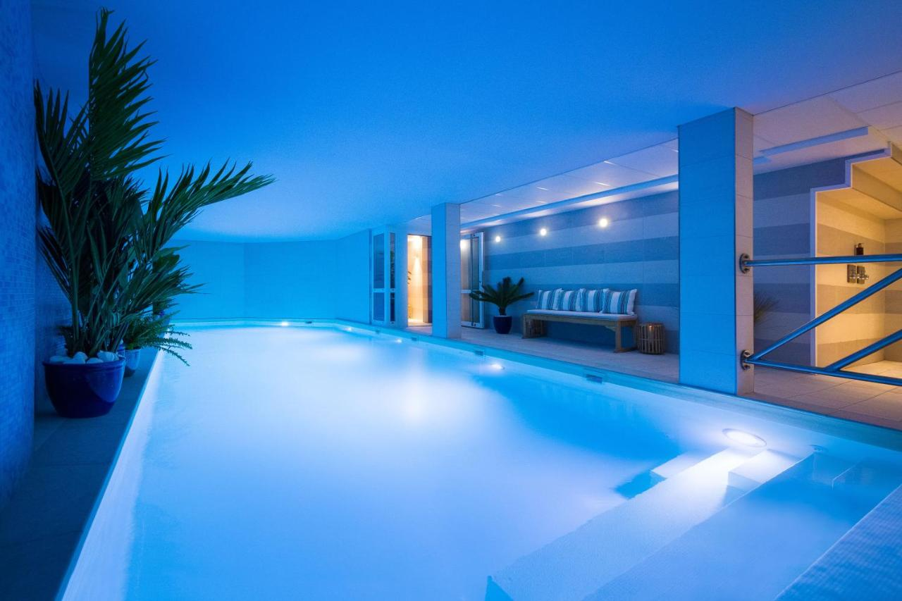 Jardins De Mademoiselle Hotel Spa Paris France Booking Com