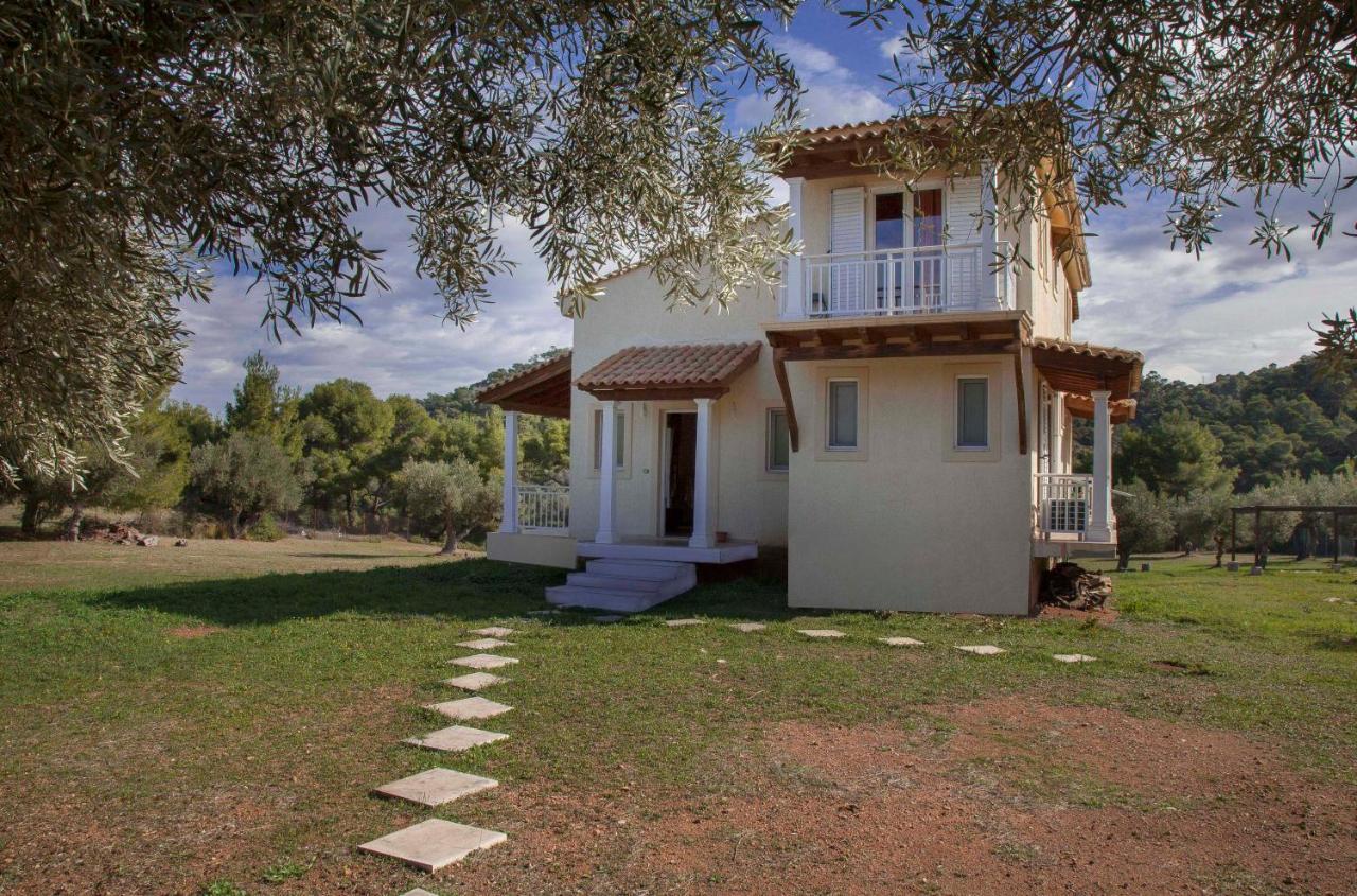 Дом для отпуска  Maisonette Milokopi