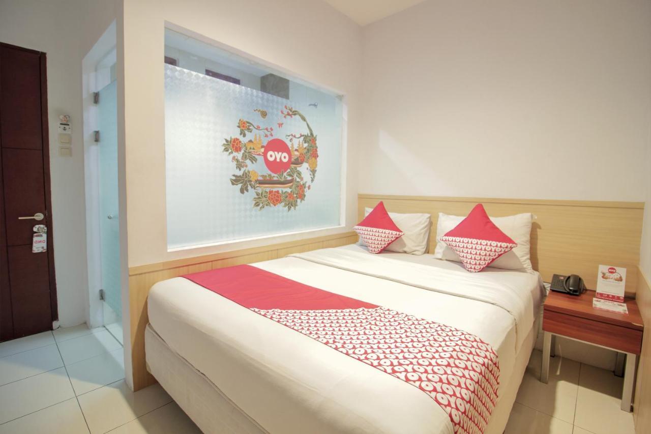 Отель  OYO 295 Grha Ciumbuleuit Residence