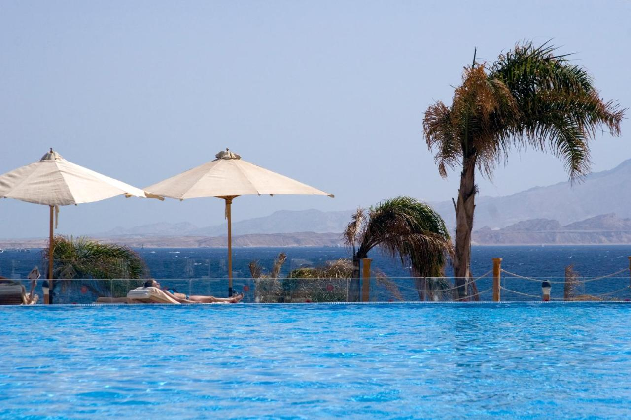 Басейн в Cleopatra Luxury Resort Sharm El Sheikh або поблизу