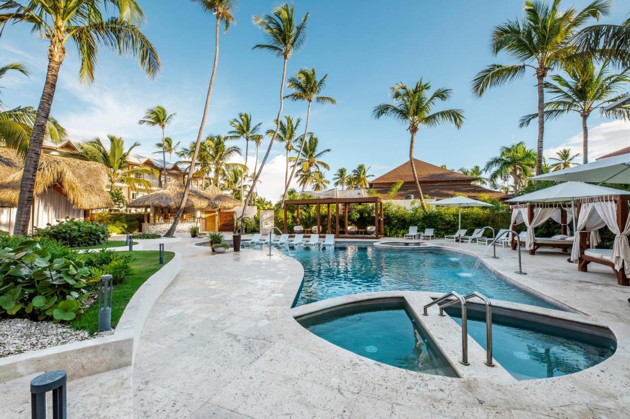 Бассейн в Be Live Collection Punta Cana или поблизости