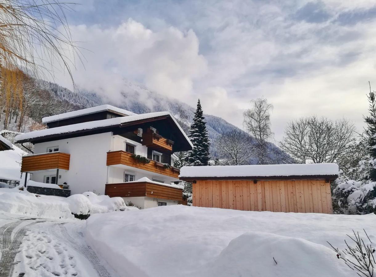 Tschagguns: Hotels Schruns - Tschagguns - Hotel - Bergfex