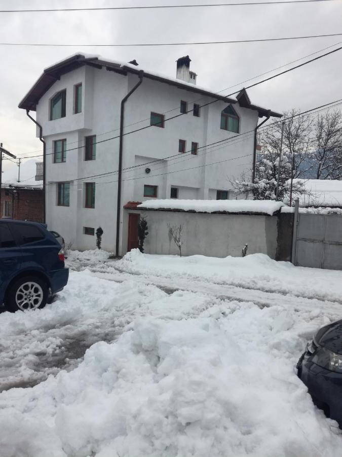 Къща Байракови