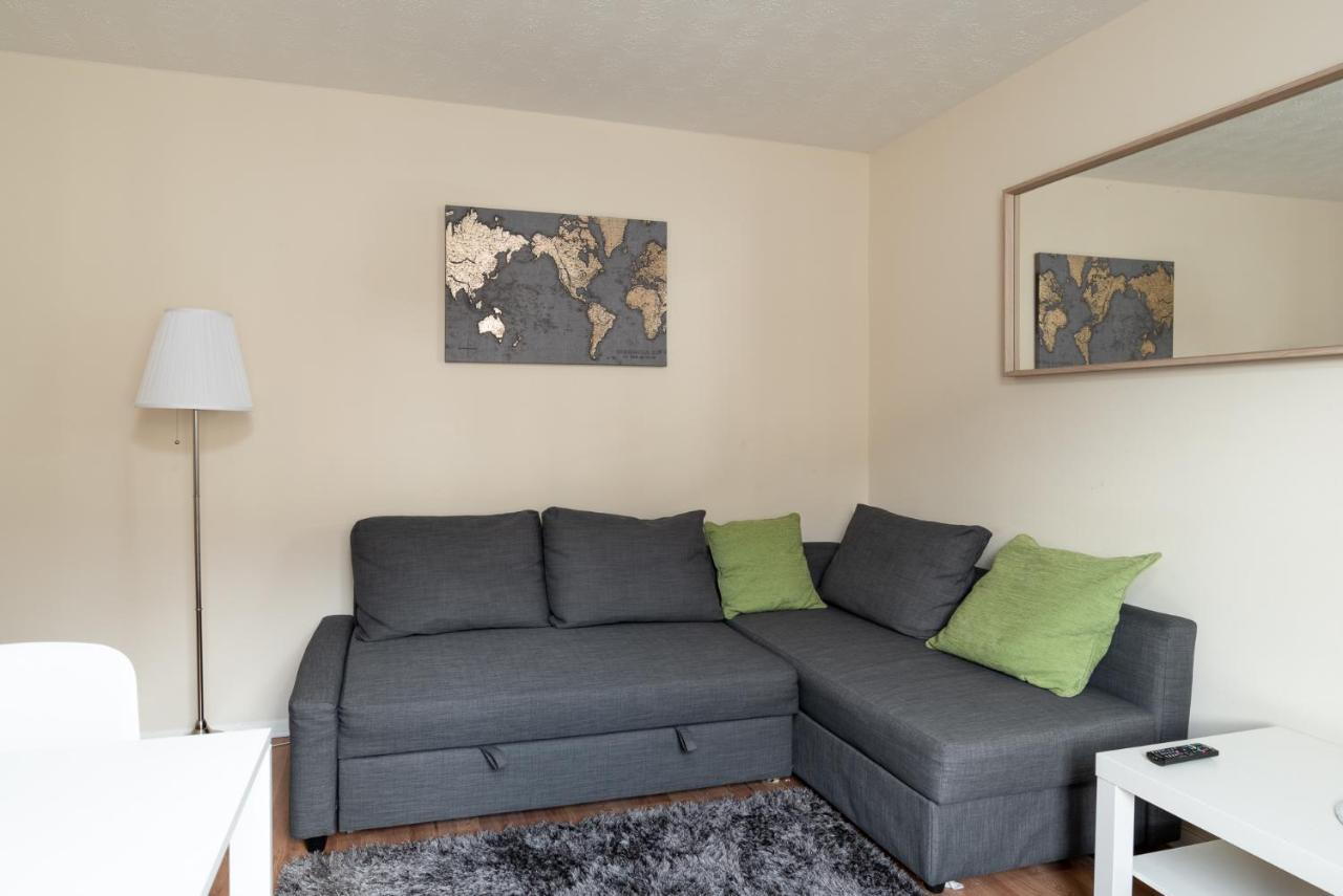 Apartment Luxury Central Link Luton London M1 Airport