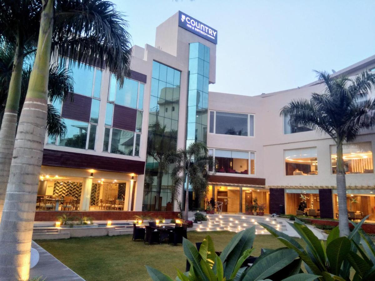 Отель  Отель  Country Inn & Suites By Radisson Jammu