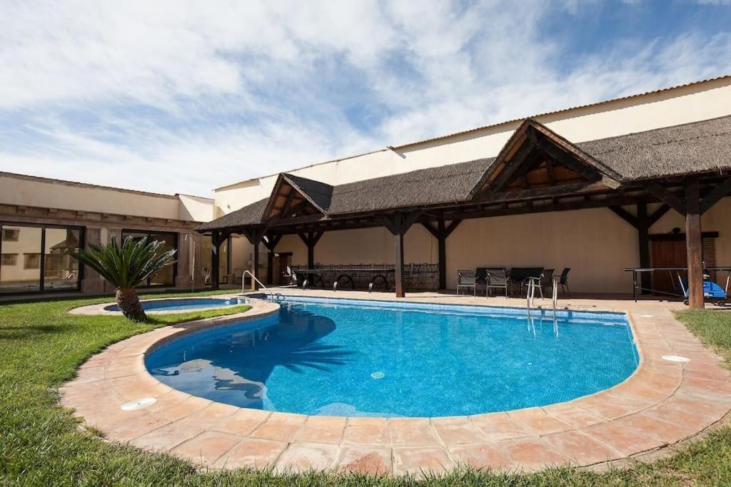 Villa Olivar del Desierto (España Tabernas) - Booking.com