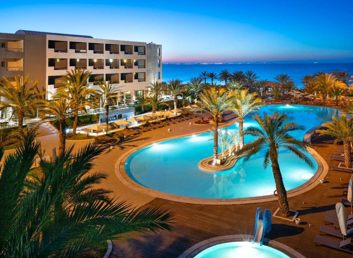 Отель  Vincci Rosa Beach Monastir