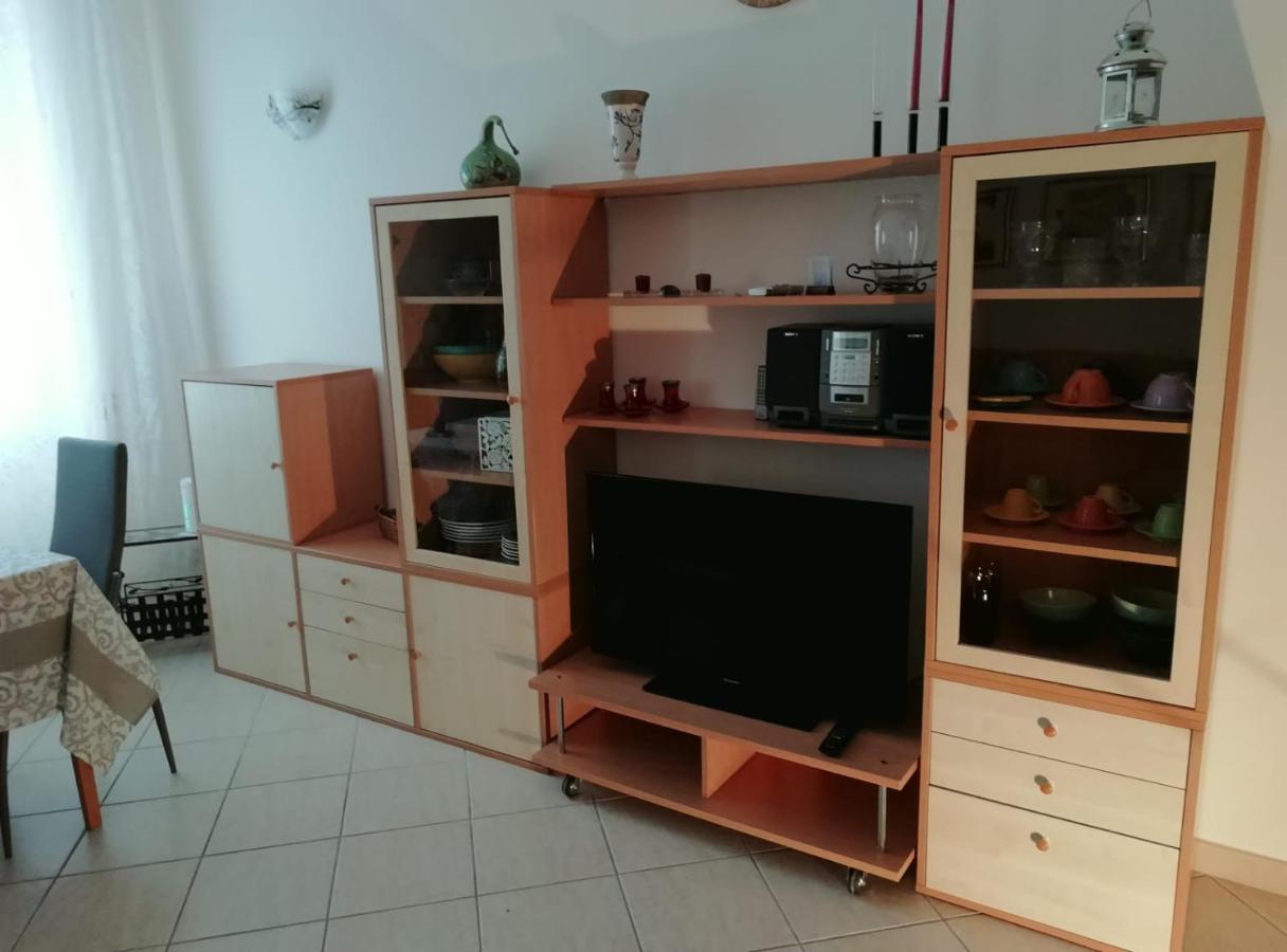 Illuminazione Per Casa Al Mare apartment casa seretina, rome, italy - booking