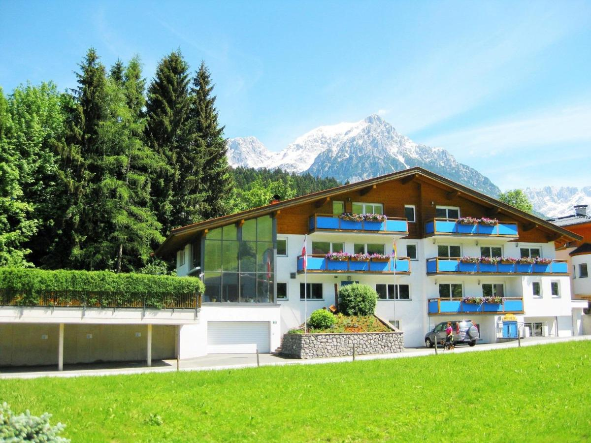 Gay-Kontakte in Tirol - Kostenlose schwule Dates in Tirol