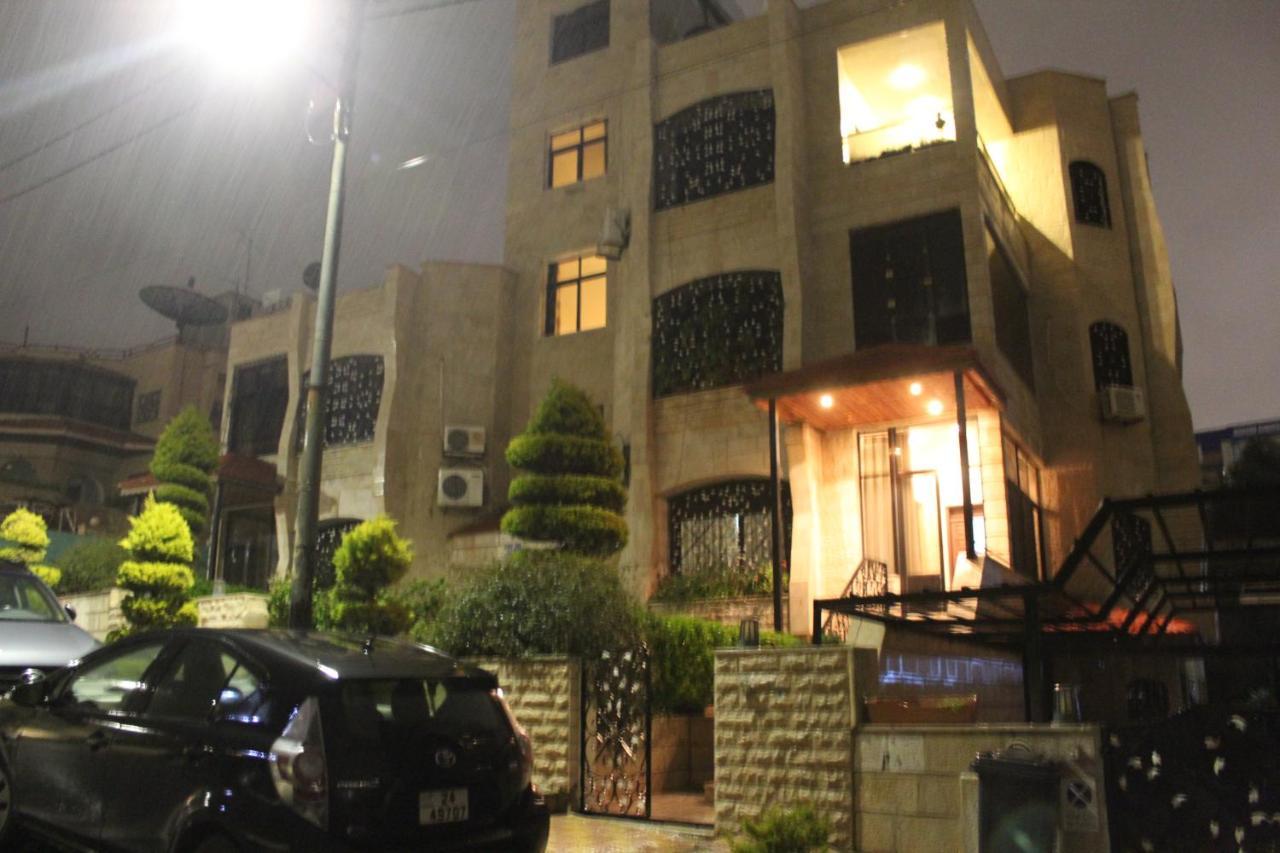 Дом для отпуска  House Of Omar