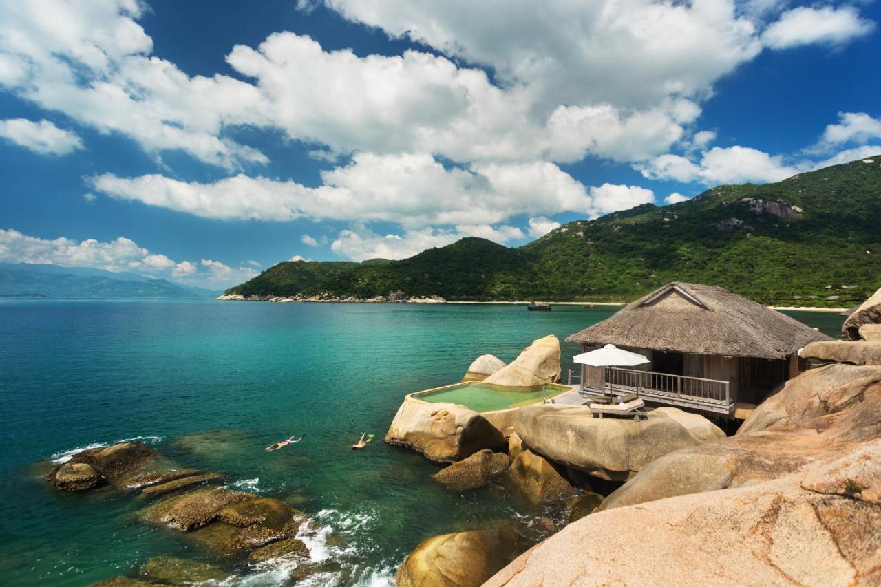 Image result for Vịnh Ninh Vân