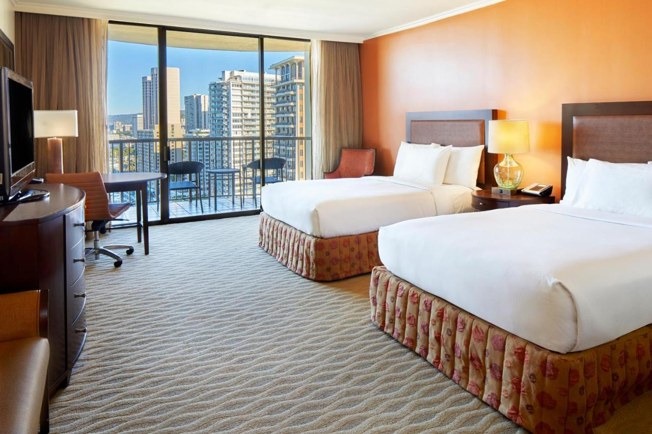 Hilton Hawaiian Village Waikiki Honolulu Hi Booking Com