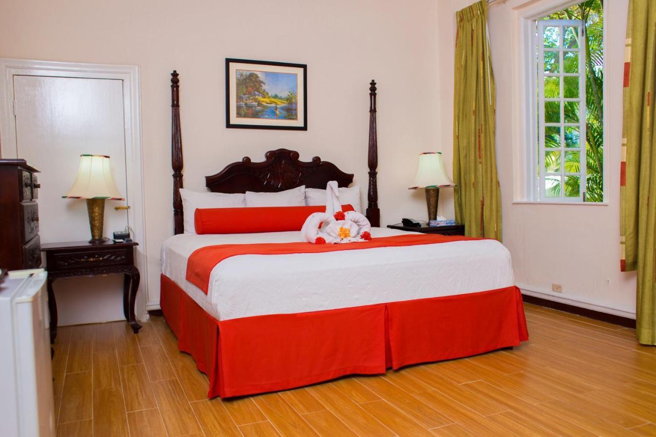 هتل SeaGarden Beach Resort - All Inclusive