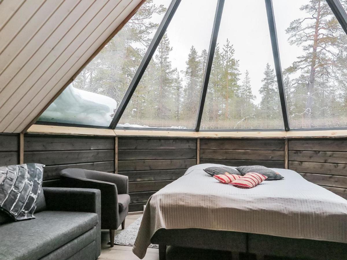 glass igloo village Finland