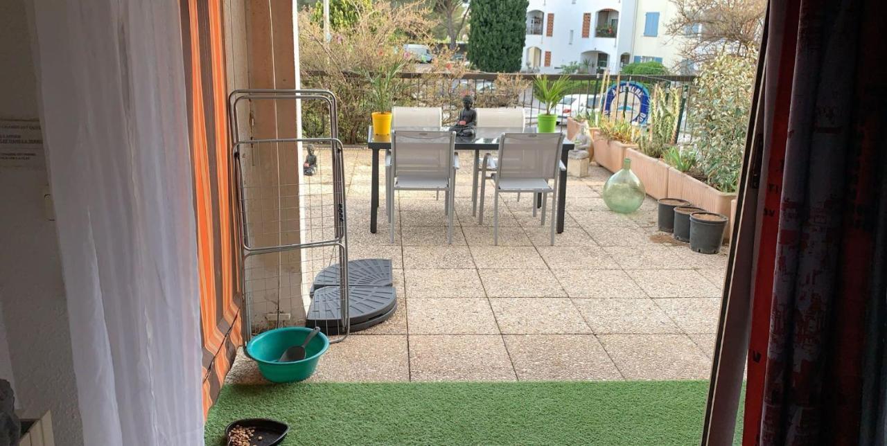 Tv Escamotable Lit résidence les jardins du roy appartement t1 avec lit