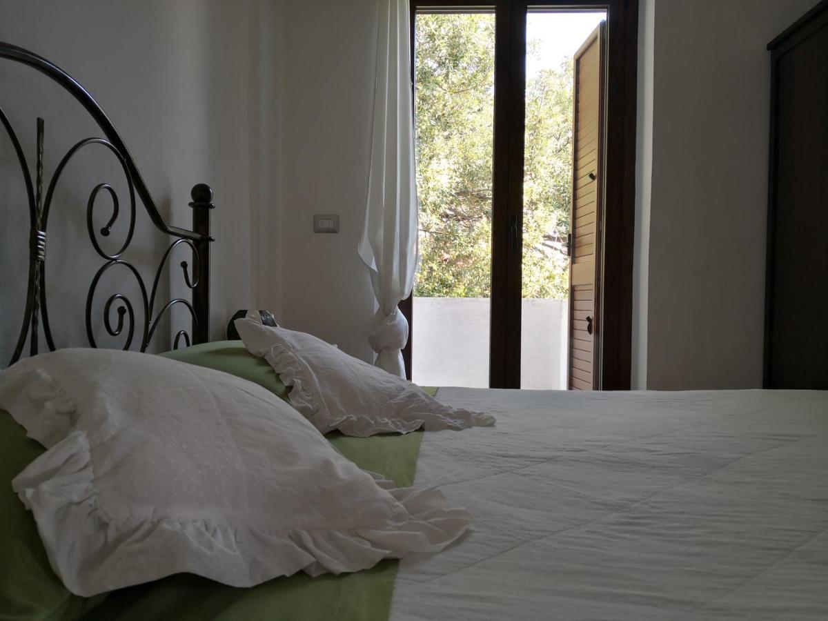 Отель типа «постель и завтрак»  Karmabnb