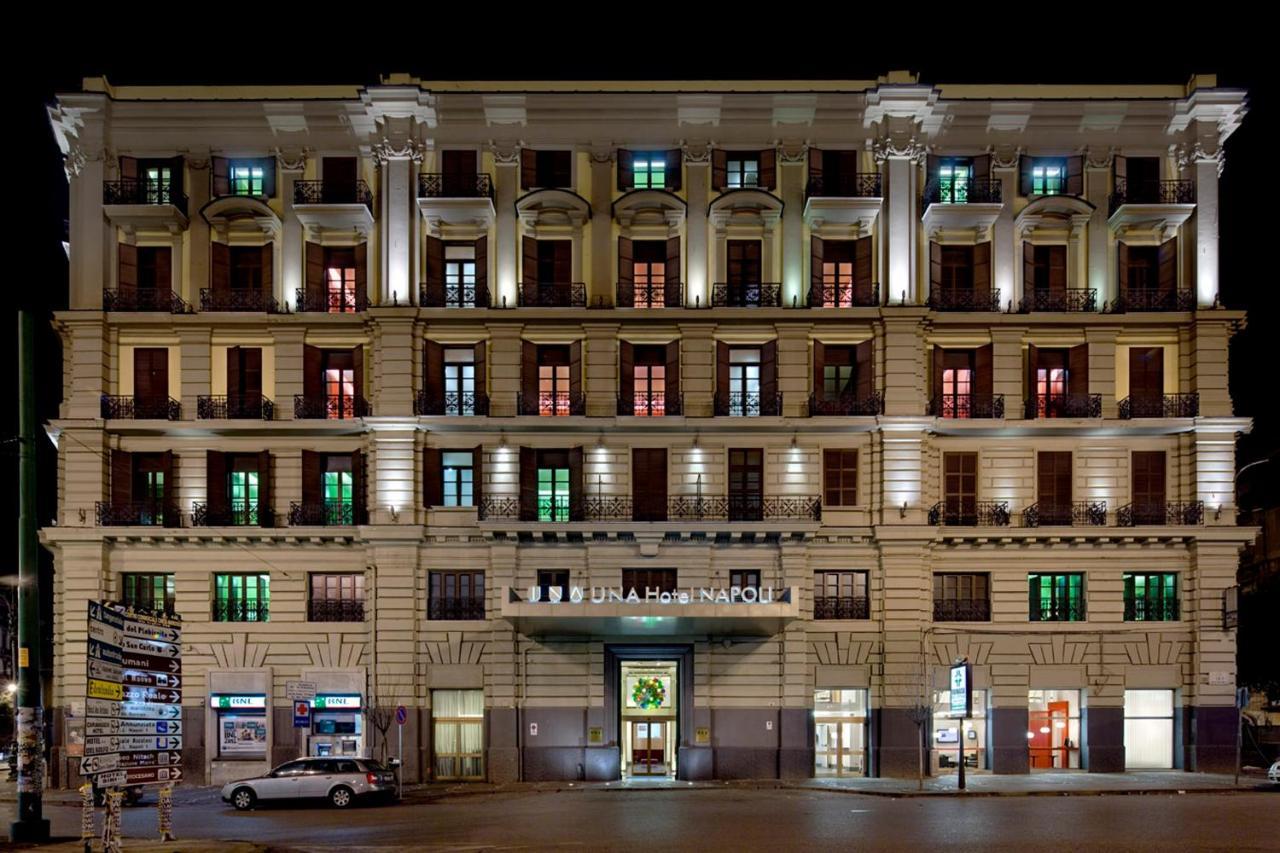 Отель  UNAHOTELS Napoli
