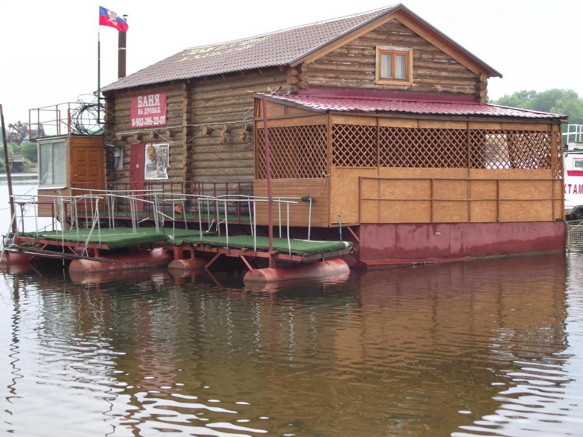 Лодж  дом на воде