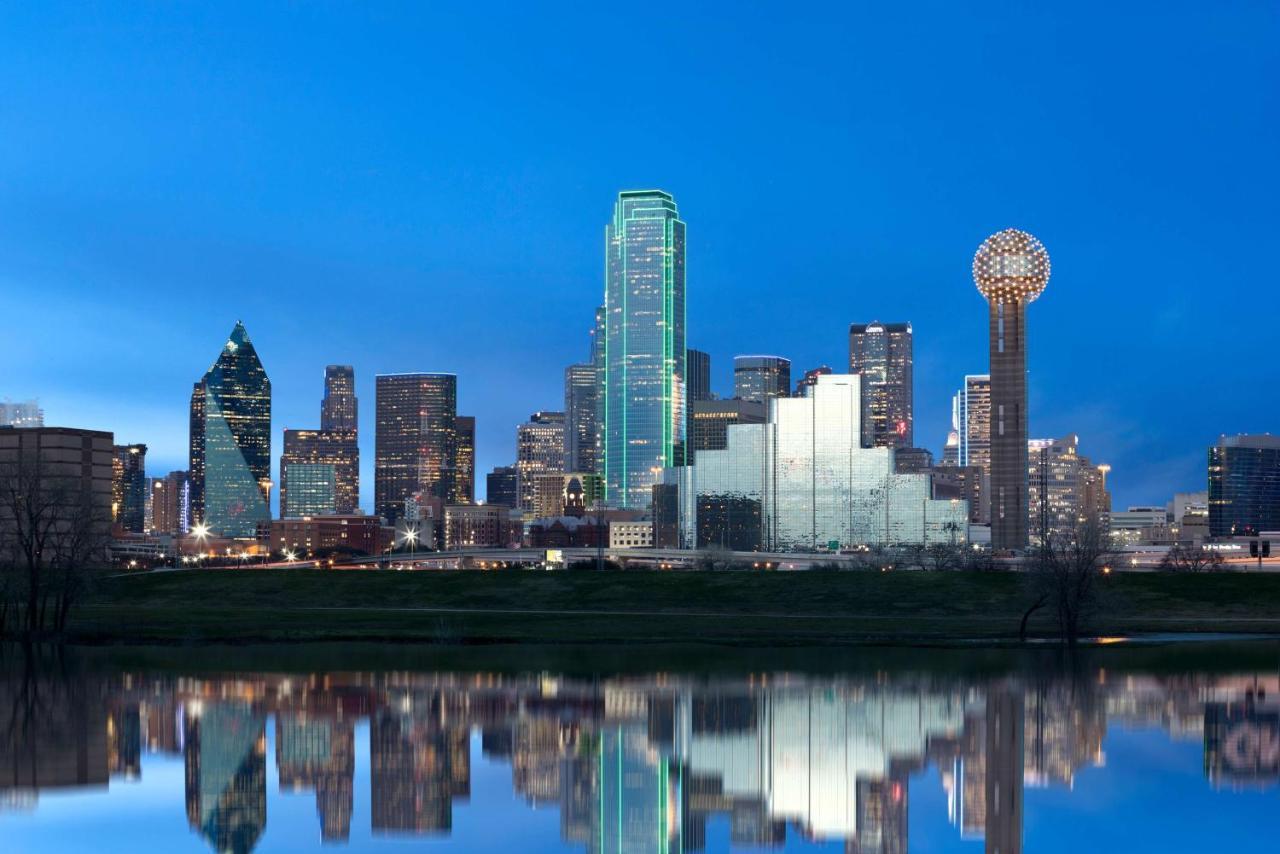 Отель  Отель  Hyatt Regency Dallas