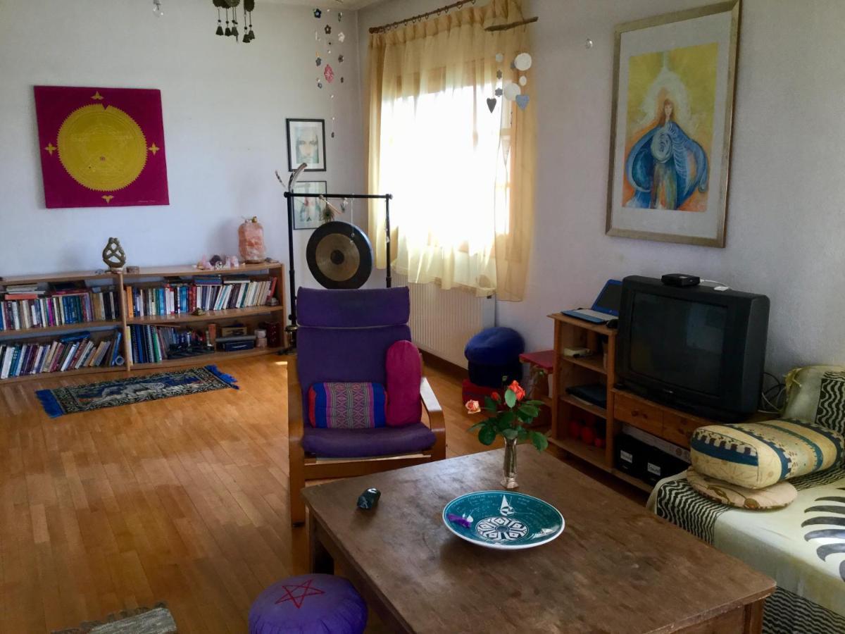 Апартаменты  Joy's Retreat Apartment-Το σπίτι της Χαράς